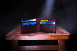 Wallet - open with credit cards 9-18