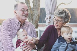 Grandparents with baby grandchildren 8-18