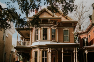 Victorian House 8-19