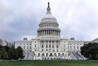 United-states-capitol-building-straight-view  5-19